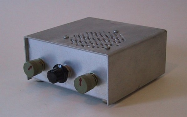 This is a resistance-tuned 2M FM receiver based on the Motorola MC3362...